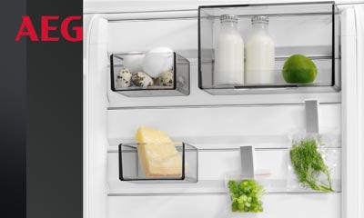 Kühlschrank Warner : Aeg kühlschrank mit customflex ihr küchenfachhändler aus